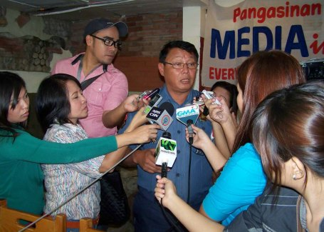 Sr. Supt. Mariano Luis Verzosa Jr., officer-in-charge of the Pangasinan provincial police, is interviewed by reporters last September 12 regarding the police' relentless campaign against criminality.CESAR RAMIREZ