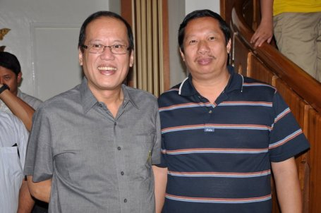 Abono Party-list Chairman Rosendo So (Right) and President Benigno Aquino III.