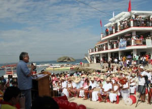 Former Pangasinan 5th district Rep. Mark Cojuangco gives his message and advise to the 118 couples who got married during the mass civil wedding ceremony on Valentine's Day at Quezon Island at famous Hundred Islands National Park in Alaminos City. Cojuangco stood as one of the ninongs in the event wedding.CESAR RAMIREZ