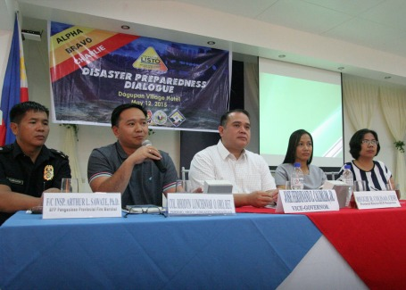 LISTO . Pangasinan PDRRMC officer Col. Rhodyn Oro(2nd from left) answers questions during a forum at the Operation LISTO:Disaster Preparedness Dialogue last May 12 at the Dagupan Village Hotel in Dagupan City. Others in photo are(from left) F/Chief Insp.Arthur Sawate, provincial fire marshal; Pangasinan Vice Gov. Jose Ferdinand Calimlim,Jr.; DILG provincial director Reggie Colisao; and Rhodalyn Licudine, DILG regional disaster focal person.CESAR RAMIREZ