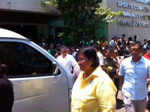 MAR & BELEN.  Dagupan City Mayor Belen Fernandez escorts  Interior & Local Government Secretary Mar Roxas during his consultation with the people of the Bangus City. MORTZ C. ORTIGOZA