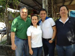 GRACE POE'S SUPPORTERS. Rosendo So (extreme right), a businessman in Pangasinan, poses with (from left) former Congressman Mark Cojuangco, the chair of the Nationalist People's Coalition in the province, Senators Grace Poe and Chiz Escudero. Both senators have been a long time allies of  So and Cojuangco.