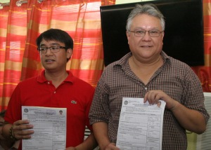 MARK AND MARK. Former Pangasinan Rep. Mark Cojuangco who filed his certificate of candidacy for Governor last October 13 with his runningmate, Calasiao Mayor Mark Roy Macanlalay at the Comelec office in Dagupan City.CESAR RAMIREZ